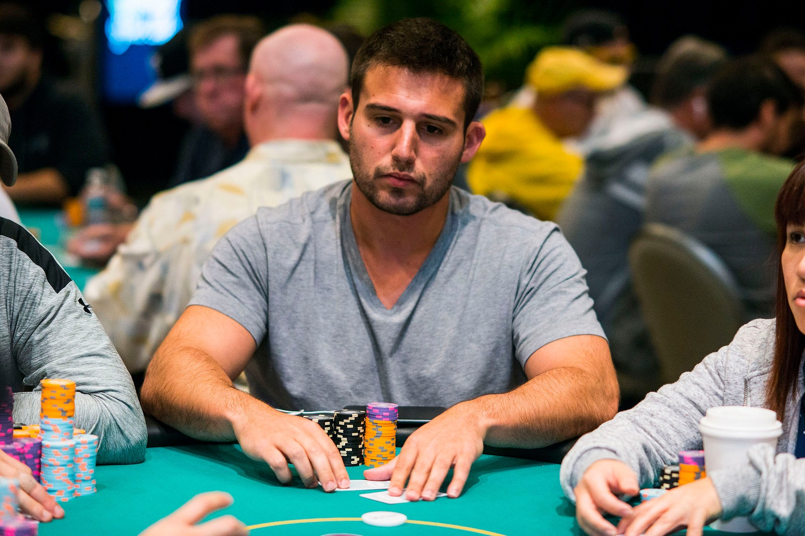 Poker Player Robs WPT Champion Darren Elias's Home, Threatening his Babysitter by Gunpoint
